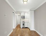 2 Bedrooms, Yorkville Rental in NYC for $4,125 - Photo 1
