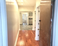 4 Bedrooms, Jackson Heights Rental in NYC for $3,000 - Photo 2