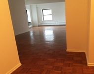 3 Bedrooms, Chelsea Rental in NYC for $4,497 - Photo 2