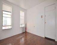 3 Bedrooms, Greenpoint Rental in NYC for $2,833 - Photo 1
