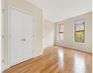 2 Bedrooms, Central Slope Rental in NYC for $2,900 - Photo 2