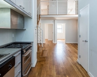 4 Bedrooms, Greenpoint Rental in NYC for $4,600 - Photo 2