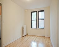 2 Bedrooms, Jackson Heights Rental in NYC for $1,925 - Photo 2
