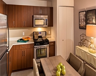 2 Bedrooms, Chelsea Rental in NYC for $5,100 - Photo 1