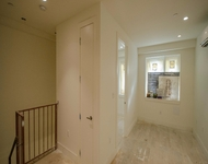 2 Bedrooms, Greenpoint Rental in NYC for $2,682 - Photo 1