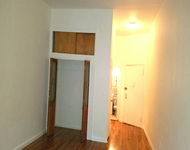 Studio, Yorkville Rental in NYC for $1,949 - Photo 1