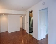 3 Bedrooms, Chelsea Rental in NYC for $4,000 - Photo 1