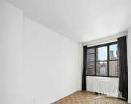 2 Bedrooms, Gramercy Park Rental in NYC for $3,400 - Photo 1