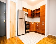 2 Bedrooms, Greenpoint Rental in NYC for $2,575 - Photo 1