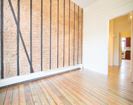 3 Bedrooms, Greenpoint Rental in NYC for $3,195 - Photo 1