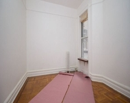 2 Bedrooms, Prospect Park Rental in NYC for $2,200 - Photo 1