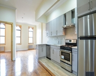 3 Bedrooms, Greenpoint Rental in NYC for $3,150 - Photo 1
