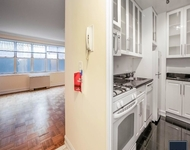 Studio, Theater District Rental in NYC for $2,705 - Photo 1