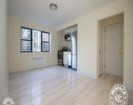 2 Bedrooms, Brighton Beach Rental in NYC for $2,625 - Photo 1
