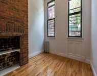 2 Bedrooms, Greenpoint Rental in NYC for $2,675 - Photo 1