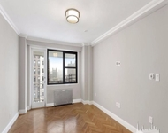 Charming 3 Bedrooms, Yorkville Rental In NYC For $4,354   Photo 1