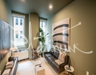 3 Bedrooms, Financial District Rental in NYC for $5,652 - Photo 1