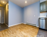 3BR at 1 Month Free 3BR/1BA - Photo 1