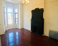 Room at 1022 bedford ave - Photo 1