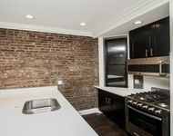 4BR at 3rd Avenue - Photo 1