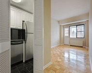 2 Bedrooms, Yorkville Rental in NYC for $3,662 - Photo 1