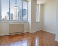 Studio, Hell's Kitchen Rental in NYC for $3,150 - Photo 1