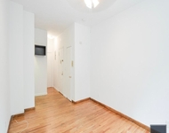 Studio, Hell's Kitchen Rental in NYC for $1,891 - Photo 1