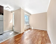 2 Bedrooms, Hell's Kitchen Rental in NYC for $5,278 - Photo 1