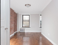 3 Bedrooms, Hell's Kitchen Rental in NYC for $5,357 - Photo 1