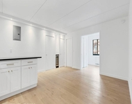 3 Bedrooms, Two Bridges Rental in NYC for $6,543 - Photo 1