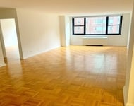2 Bedrooms, Hell's Kitchen Rental in NYC for $5,629 - Photo 1