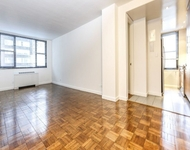 2 Bedrooms, Hell's Kitchen Rental in NYC for $5,035 - Photo 1