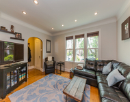 3 Bedrooms, Evanston Rental in Chicago, IL for $3,200 - Photo 2