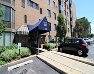 2 Bedrooms, Groveland Park Rental in Chicago, IL for $1,300 - Photo 1