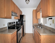 2 Bedrooms, Groveland Park Rental in Chicago, IL for $1,300 - Photo 2
