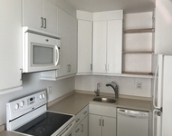 2 Bedrooms, Old Town Triangle Rental in Chicago, IL for $2,600 - Photo 2