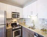 2 Bedrooms, West Loop Rental in Chicago, IL for $2,226 - Photo 2
