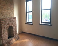3 Bedrooms, Logan Square Rental in Chicago, IL for $1,395 - Photo 2