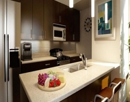 3 Bedrooms, River North Rental in Chicago, IL for $3,905 - Photo 1