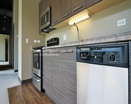 2 Bedrooms, River West Rental in Chicago, IL for $2,300 - Photo 2