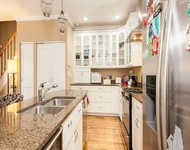 3 Bedrooms, Lincoln Park Rental in Chicago, IL for $3,995 - Photo 1