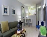 2 Bedrooms, Gold Coast Rental in Chicago, IL for $2,256 - Photo 2