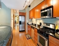 3 Bedrooms, Wrigleyville Rental in Chicago, IL for $3,595 - Photo 1