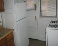 2 Bedrooms, Hyde Park Rental in Chicago, IL for $1,335 - Photo 1