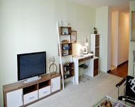 2 Bedrooms, West Loop Rental in Chicago, IL for $2,278 - Photo 2