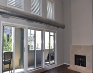 2 Bedrooms, Lakeview Rental in Chicago, IL for $3,000 - Photo 1