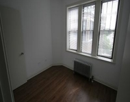 2 Bedrooms, Hyde Park Rental in Chicago, IL for $1,318 - Photo 1