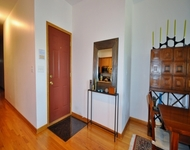2 Bedrooms, Woodlawn Rental in Chicago, IL for $1,700 - Photo 1
