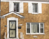 3 Bedrooms, Grand Crossing Rental in Chicago, IL for $1,250 - Photo 1