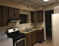 3 Bedrooms, Bridgeport Rental in Chicago, IL for $1,100 - Photo 1